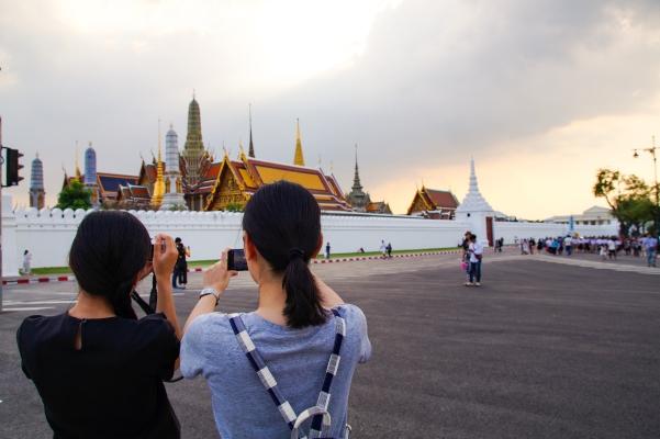 Thailand - Blick auf die Mauern des Königspalastes