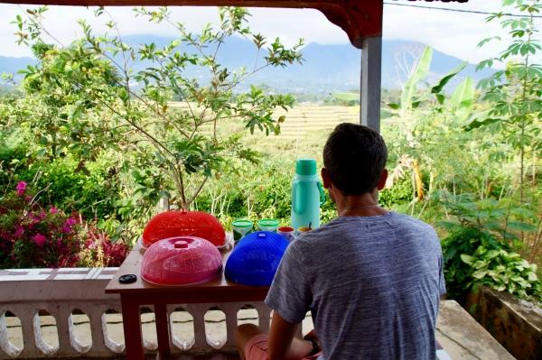 Aussicht von unserem Gasthaus auf die Reisterassen von Ruteng